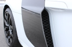 Side Blade Vents Now In Gloss